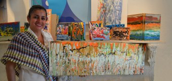 """Artista plástica venezolana expone sus """"Pinceladas de libertad""""  en galería de Miami"""