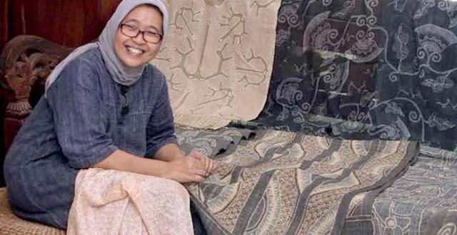 sancaya rini pelopor  batik dengan pewarna alami
