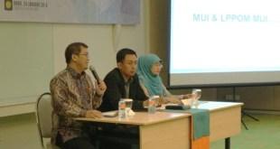 Foto | dok. Prabu - Kepala Pusat Registrasi dan Sertifikasi Halal BPJPH Siti Aminah (Kanan).
