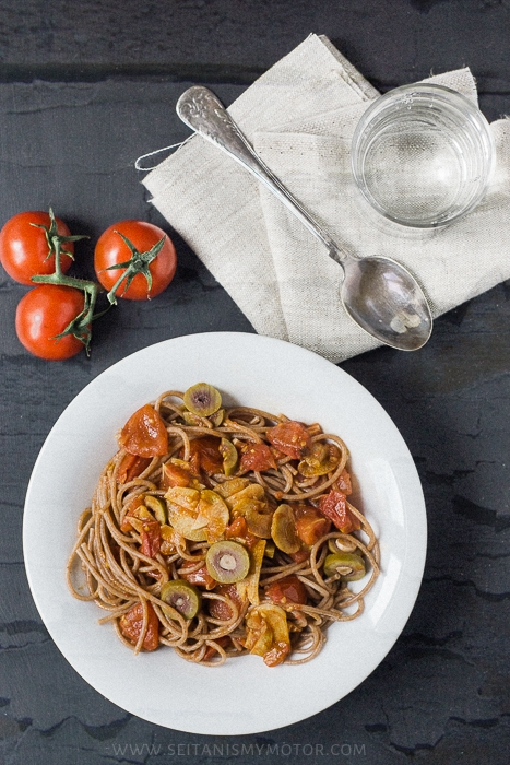 spaghetti and vanilla sauce | www.seitanismymotor.com
