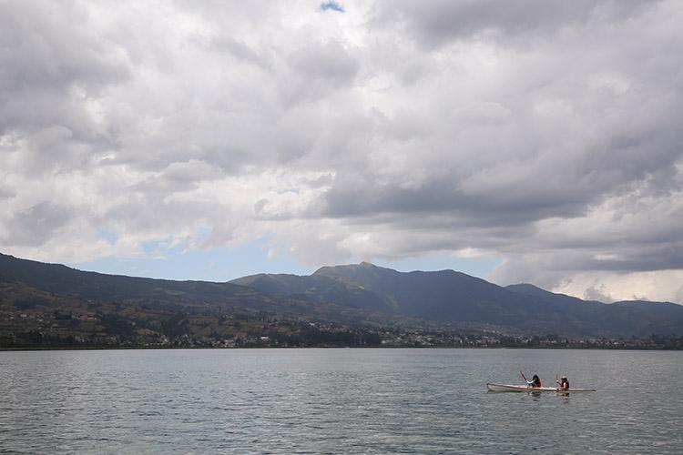 オタバロ サン・パブロ湖 エクアドル