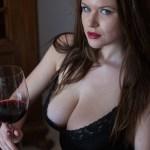 Dat is fijn, Marjana aan de wijn