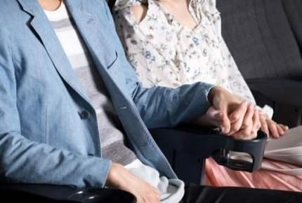一線を越えない「プラトニック不倫」…肉体関係なく「手をつなぐだけ」の法的リスク