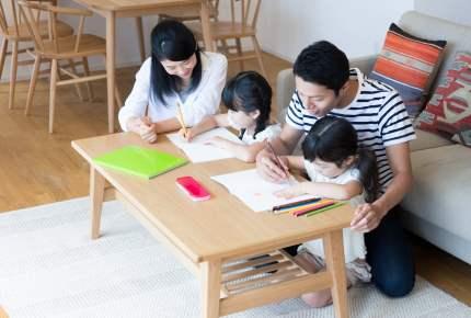 入学前に学習机を用意する?わが家が「リビング学習」を選択した理由