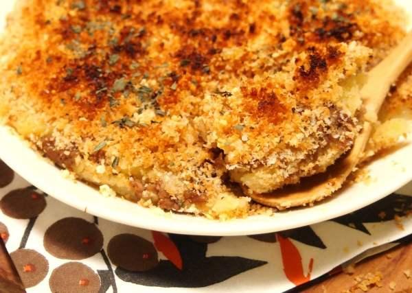 話題の「スコップコロッケ」はあのイギリスの名物料理に似ていた!