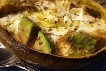 モッツァレラチーズ&カッテージチーズ風に仕上がり?!「焼きヨーグルト」で絶品料理