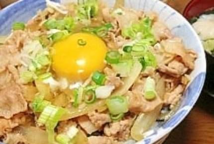 あの味をおうちでも♪「スタ丼」など有名なお店・漫画の再現レシピ5選