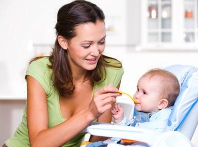 うちの子食欲ありすぎ!離乳食を食べすぎる子どもって大丈夫?