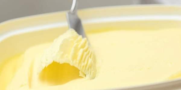 バターvsマーガリン 成分やカロリーの違いは?健康リスクを徹底比較