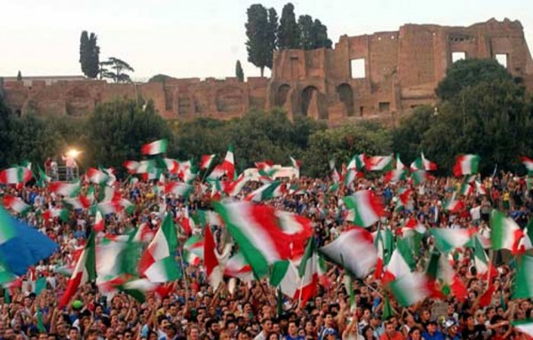 Italian tifosi (credits: romatoday.it)