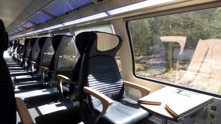 train-737807_1280 (1)