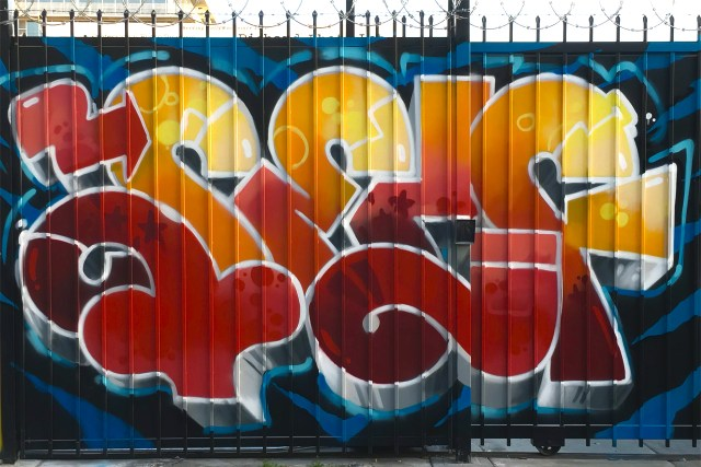 self selfuno graffiti burner letters hollywood los angeles la brea gate funk fresh april 2016