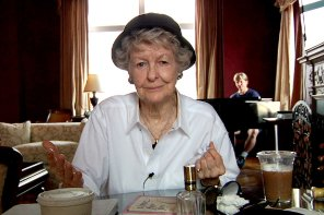 ELAINE STRITCH: SHOOT ME – A Review by John Strange