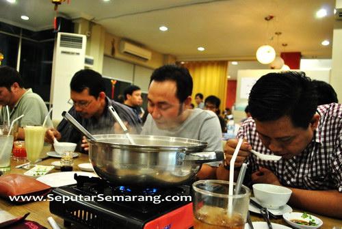 suasana restoran macao supreme shabu house