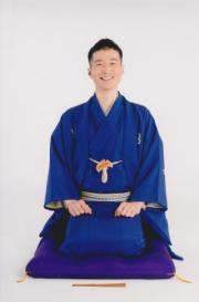 桂 紅雀さん(米朝事務所 提供)