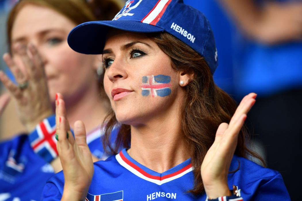 An Iceland supporter is pictured ahead the Euro 2016 round of 16 football match between England and Iceland at the Allianz Riviera stadium in Nice on June 27, 2016. / AFP PHOTO / BERTRAND LANGLOIS