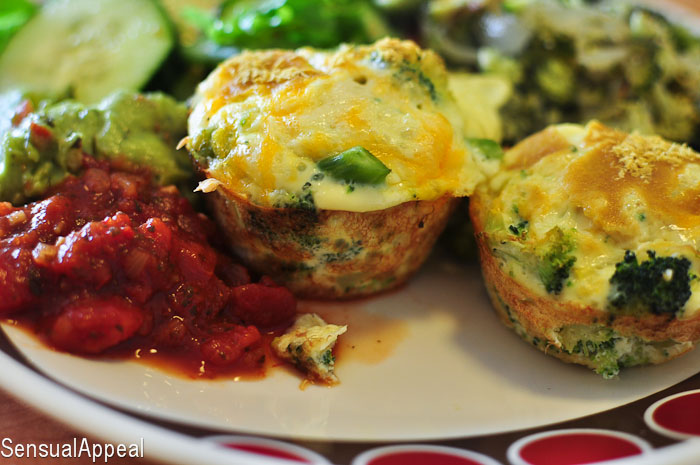 Broccoli and Cheese Baked Eggs Omelets – Healthy Breakfast Meals for ...