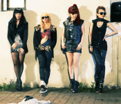 """2NE1 to debut in Japan with """"Go Away"""""""