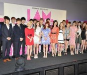 "Movie Review: SM Town's ""I AM"""