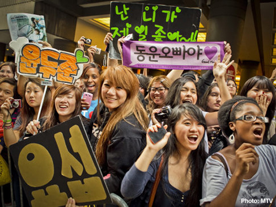 I-fans and K-fans in the K-Pop fandom (2/3)