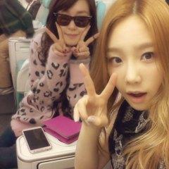 20130328_seoulbeats_snsd_taeyeon_tiffany_instagram