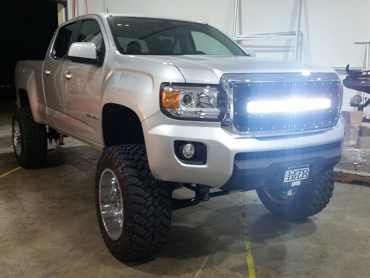 Radius LED Grilles  Featuring Rigid Curved LED Light Bars  by Rigid     2015 2017 GMC Canyon Rigid Industries LED Grille  w  30  Curved LED Light  Bar