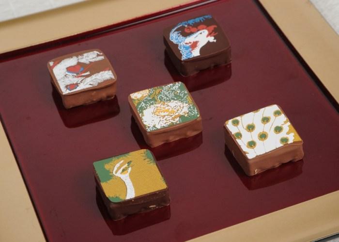 【広報用2】若冲孔雀鳳凰図チョコレート