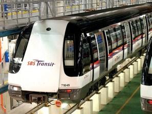 Image result for transportasi di singapura