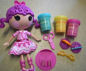 Lalaloopsy Glitter Hair Dough Review + giveaway