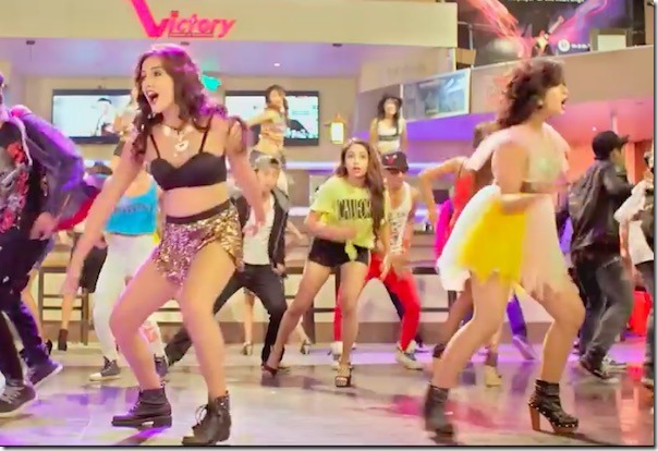 Hot Disco Dance of Keki Adhikari and Priyanka Karki in How Funny