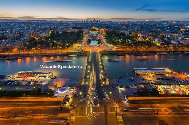 VacanteSpeciale.ro-Eiffel-Paris