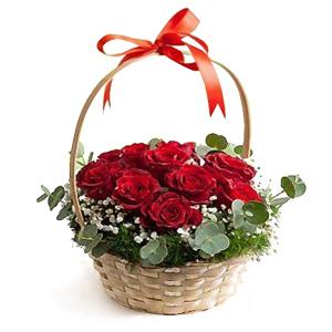 cos-cu-11-trandafiri-rosii-f3Huy