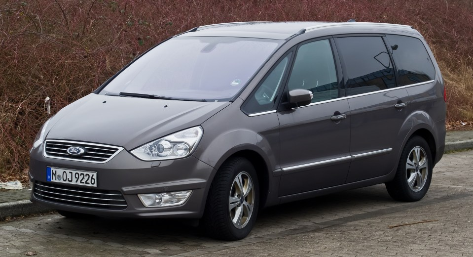 Ford_Galaxy_(II,_Facelift)_–_Frontansicht,_3._März_2013,_Ratingen