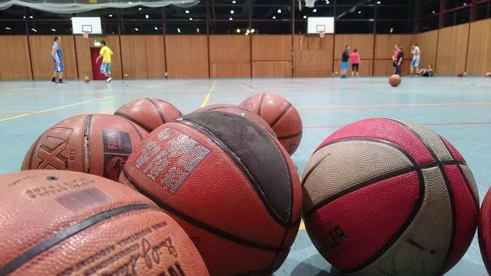 Volunteer's experience of basketball with ZAK!…