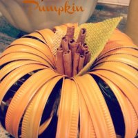 Mason Jar Lid Pumpkin {DIY craft}