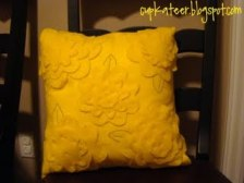 Tutorial: Pottery Barn-inspired felt pillow covers – Sewing