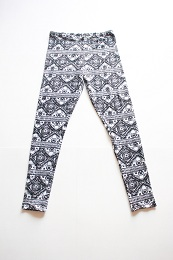 Draft-and-Sew-Leggings-One-Little-Minute-Blog-Tribal-Leggings