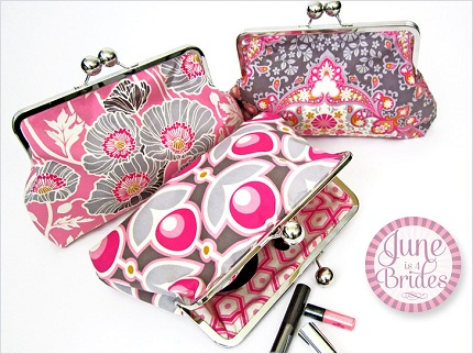 1397-Dewberry-Clutch-2