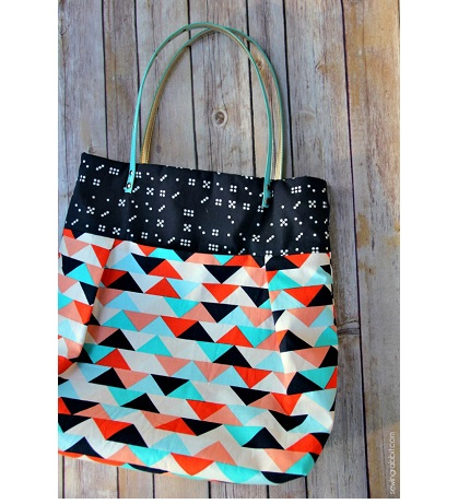 Pleated tote with a secret pocket