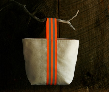 Tutorial: Reflective handle Halloween tote, or an everyday bag