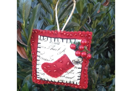 Tutorial: Stitched and beaded Christmas ornaments
