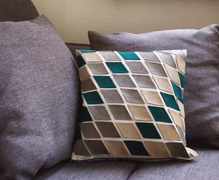 Tutorial: Tiled leather pillow cover