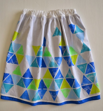 Tutorial: Layered skirt with a stamped geometric design
