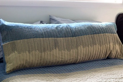 Tutorial: Body pillow made from two pillow shams