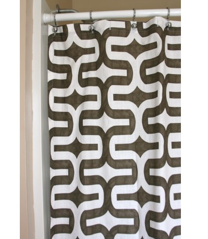 Tutorial: Make a shower curtain in an hour