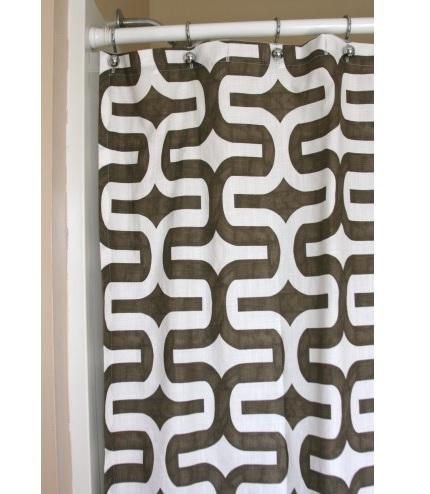 Tutorial: Make a shower curtain in an hour