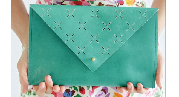 Tutorial: Leather cut out clutch purse