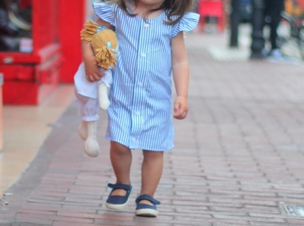 Tutorial: Little girl's A-line dress from a man's shirt