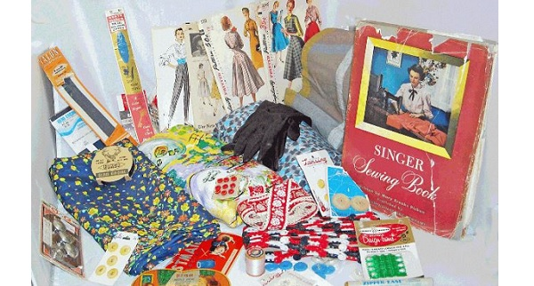 A 1950s vintage sewing swag giveaway