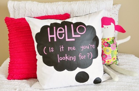 title-shot-chalk-cloth-pillow